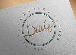 Een logo voor een coach, trainer & yogadocente